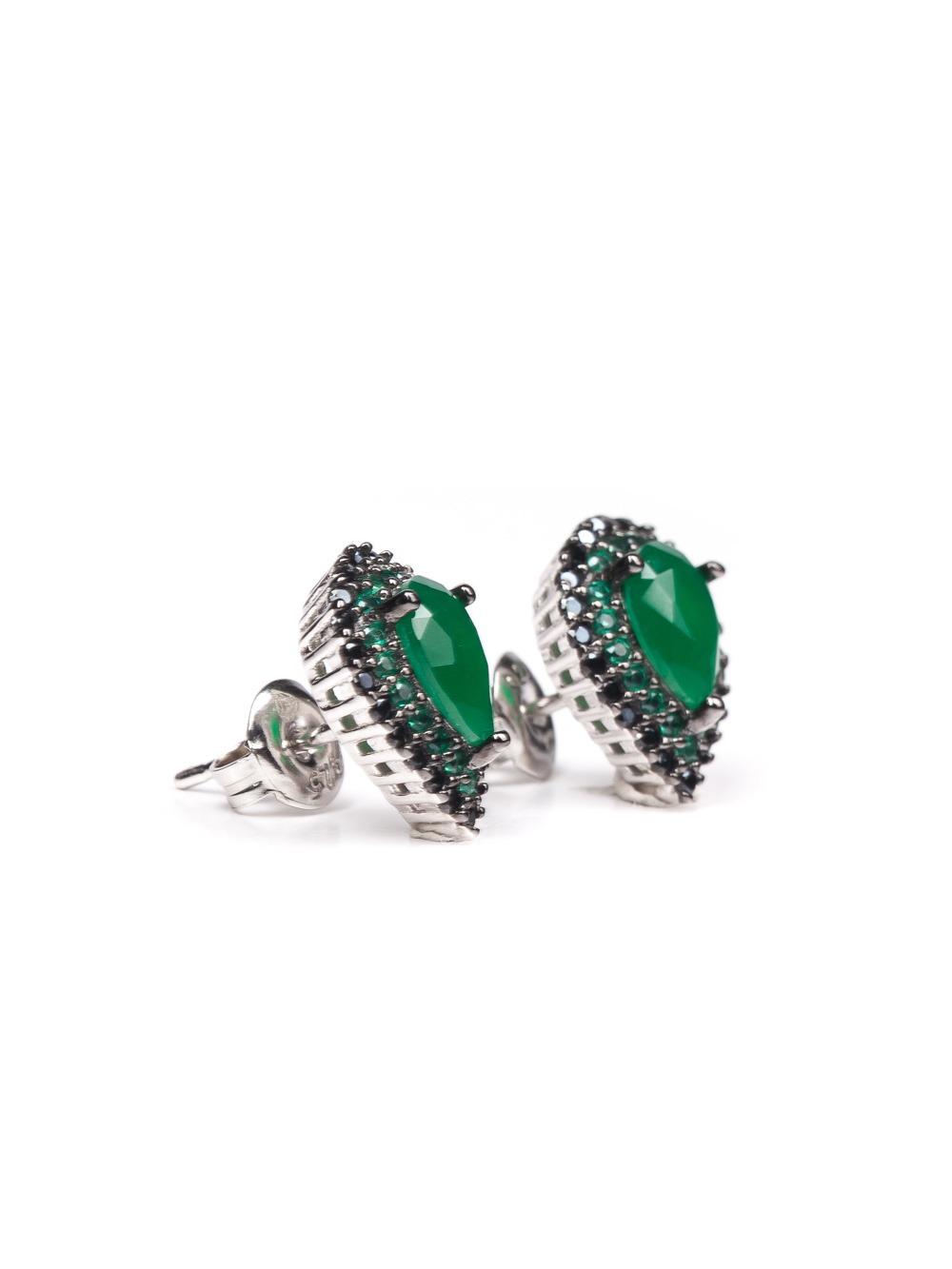 Brinco gota em prata com esmeraldas e espinélios